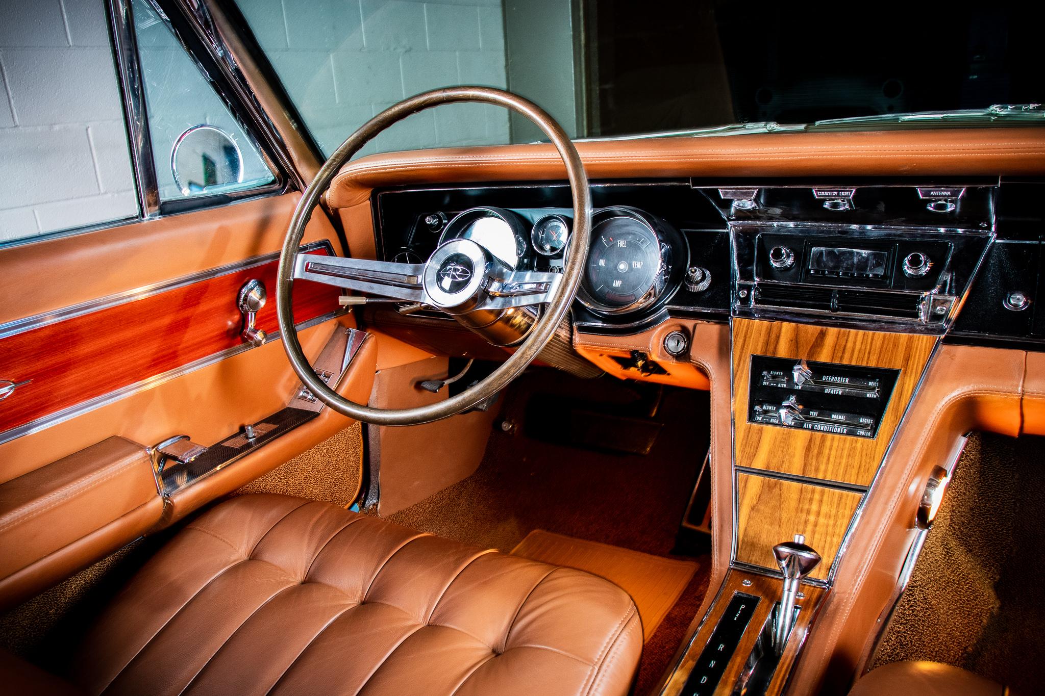 1965 Buick Riviera LoRez 251.jpg