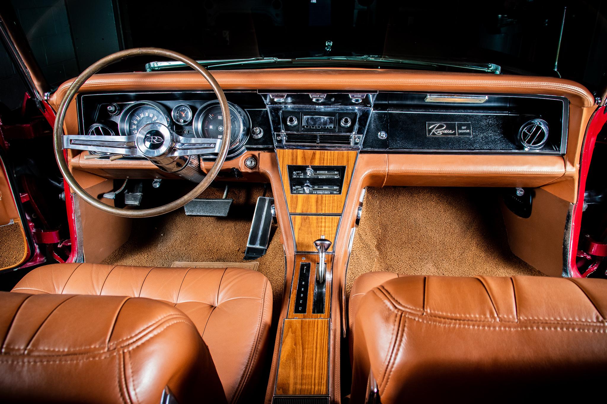 1965 Buick Riviera LoRez 235.jpg