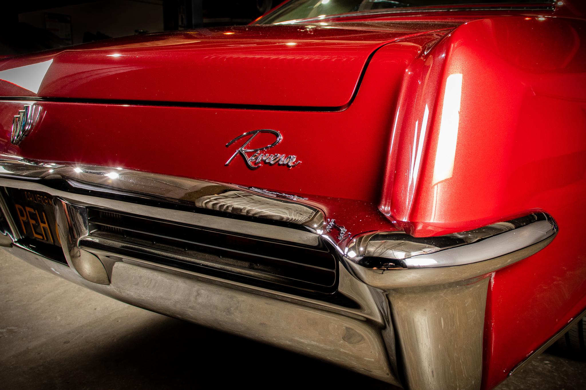 1965 Buick Riviera LoRez 114-2.jpg