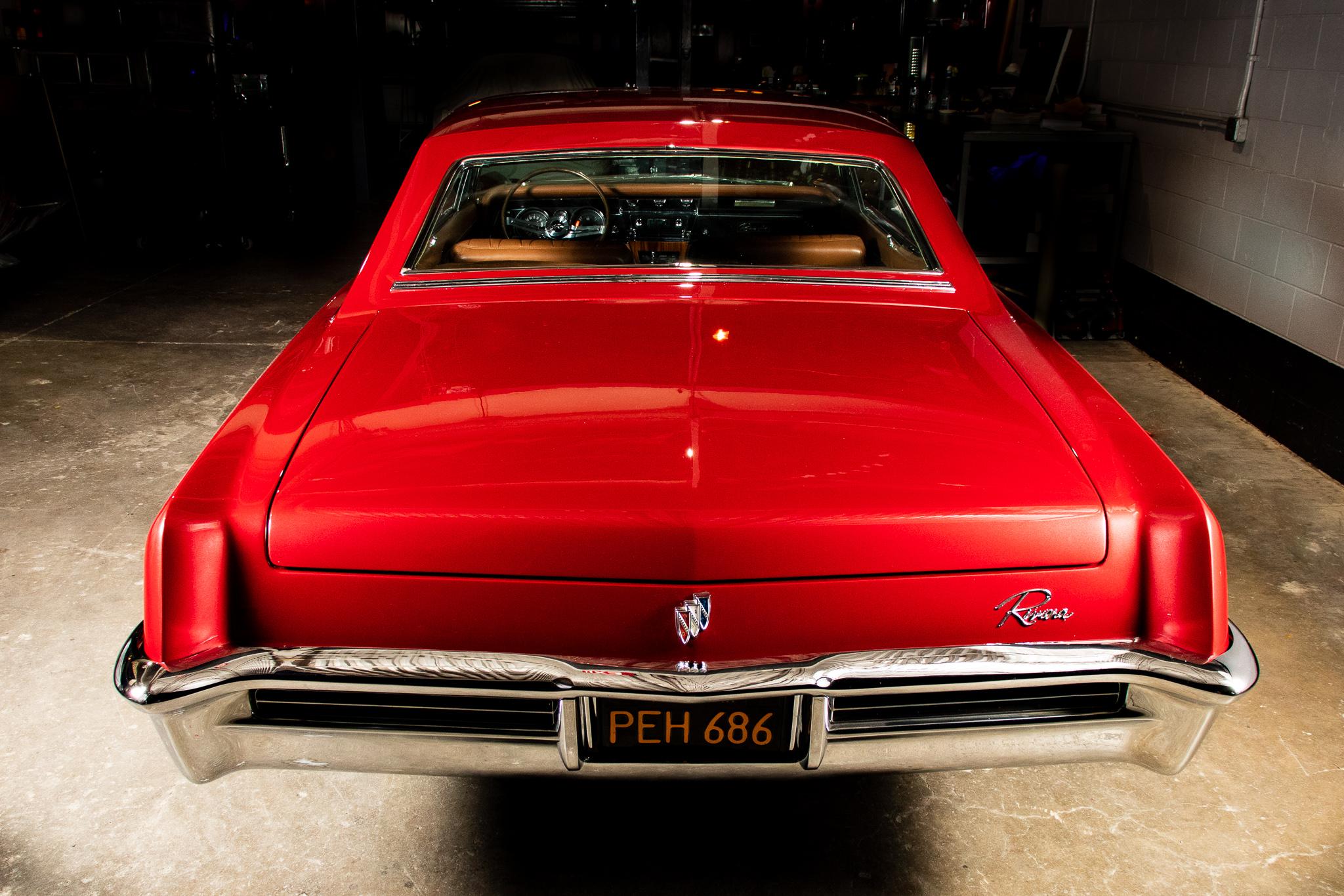 1965 Buick Riviera LoRez 105.jpg