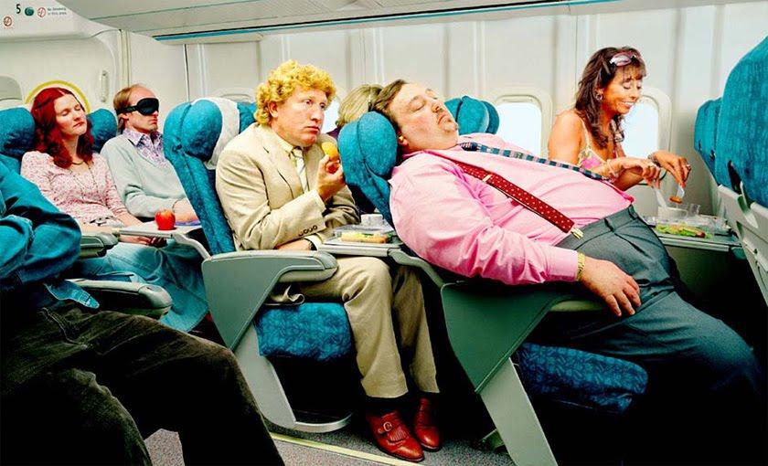 crowded-airplane.jpg