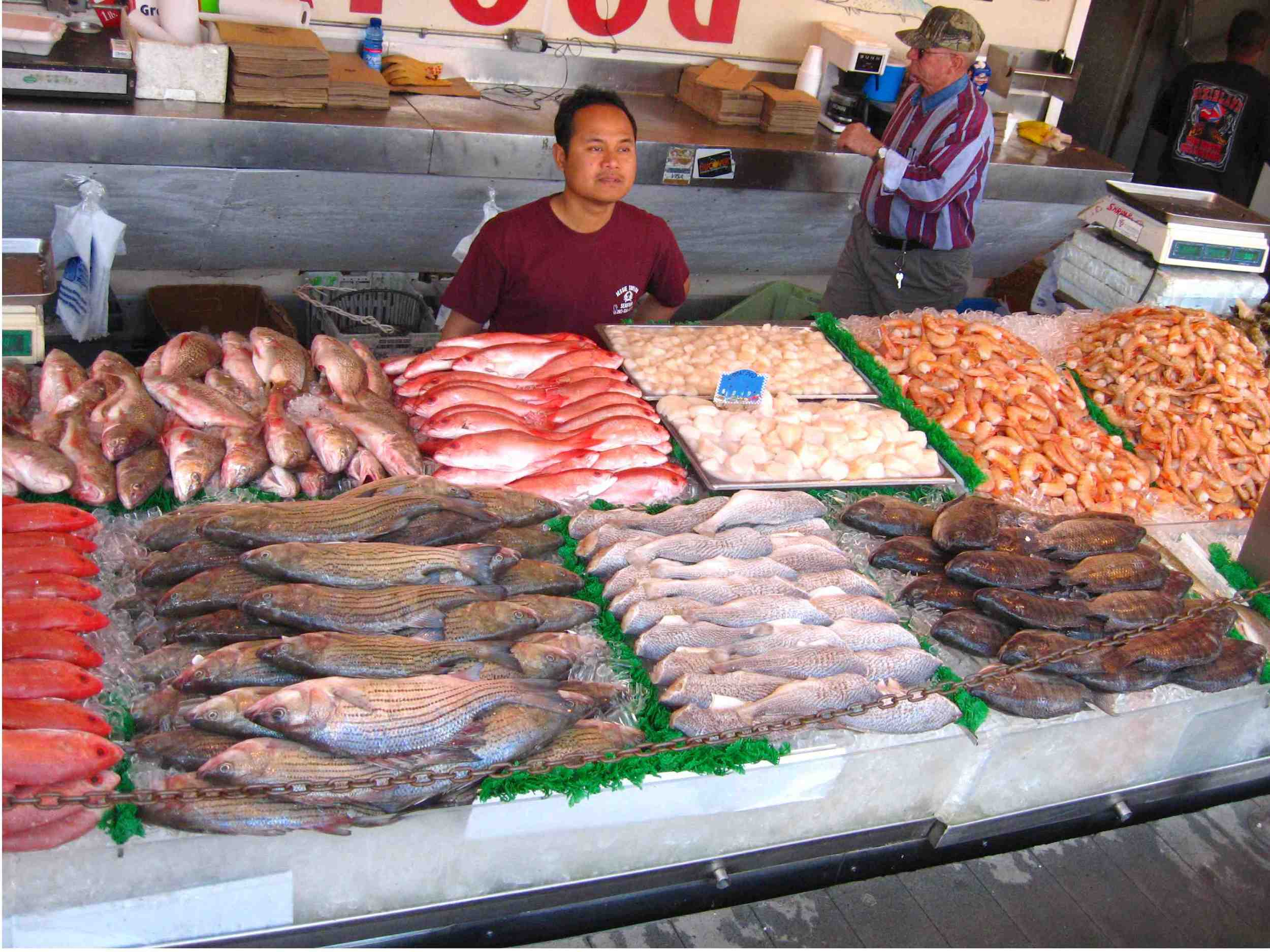 more-fish-at-the-maine-ave-fish-market.jpeg