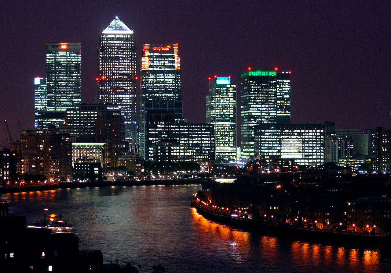 1280px-Canary_Wharf_at_night,_from_Shadwell_cropped.jpg