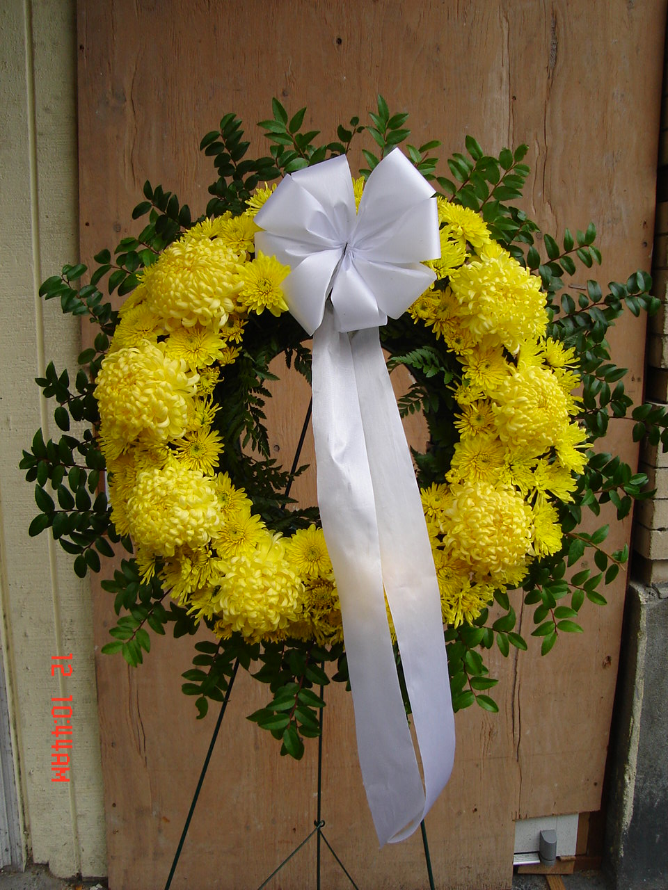 Yellow Mums Wreath (W-88)