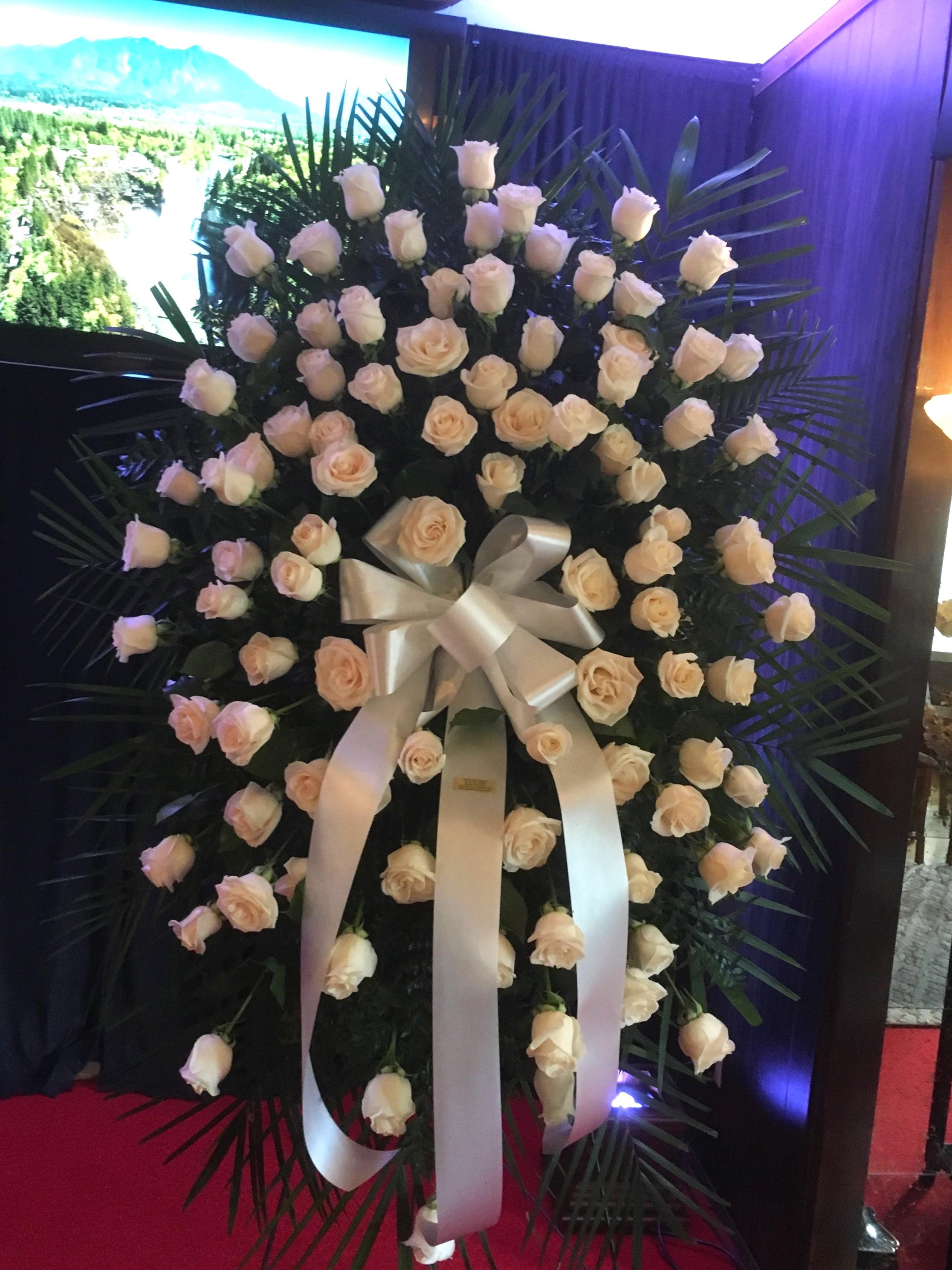 White Roses Spray (S-135)