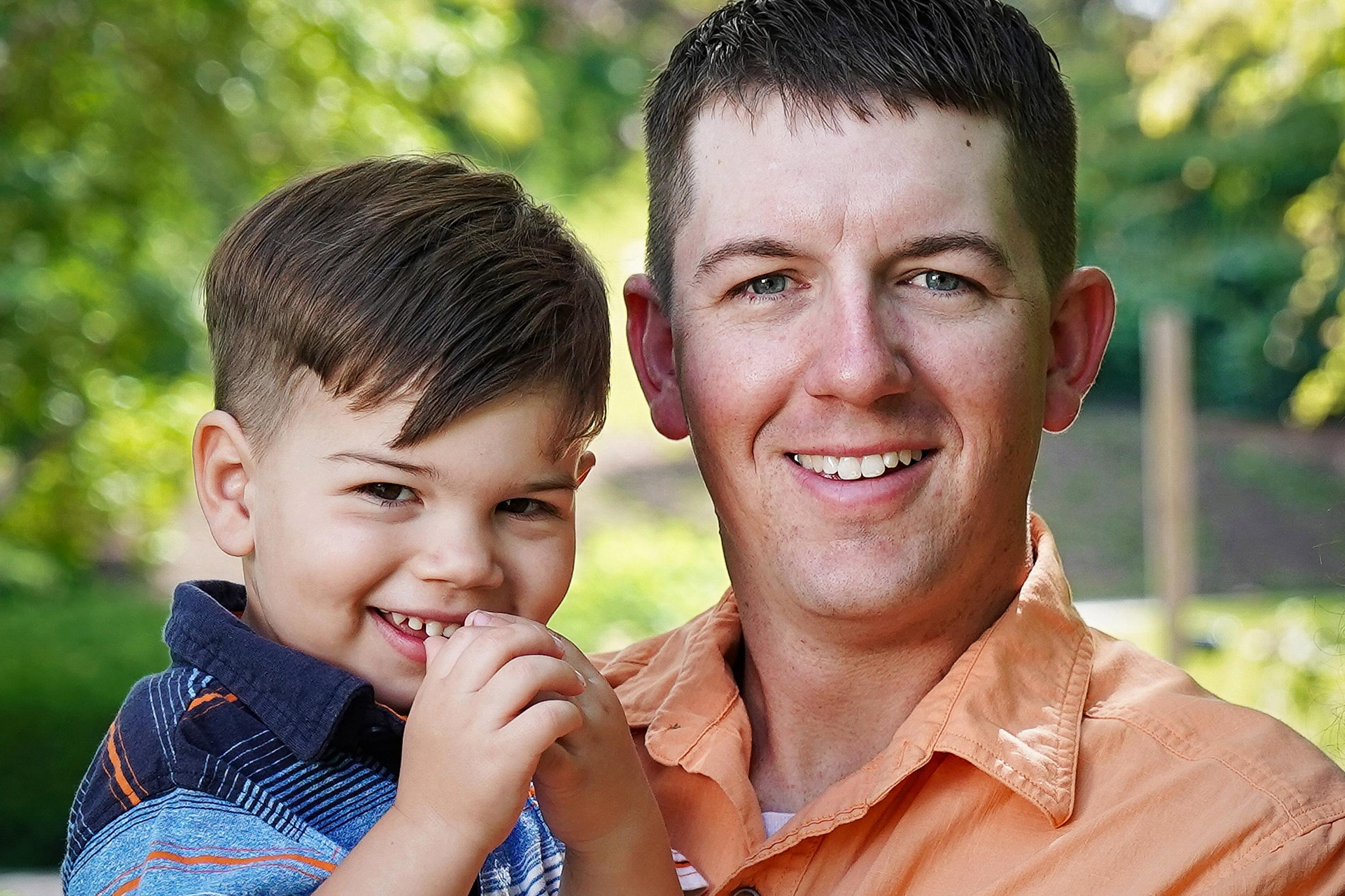 Cincinnati Ault Park Family Pictures 3.jpg
