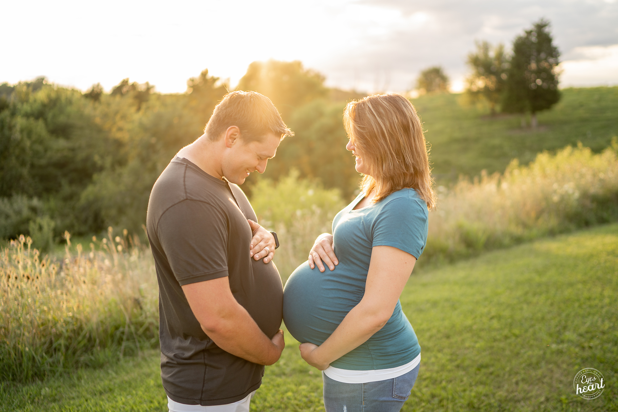 Cincinnati-Maternity-Photographers-6.jpg