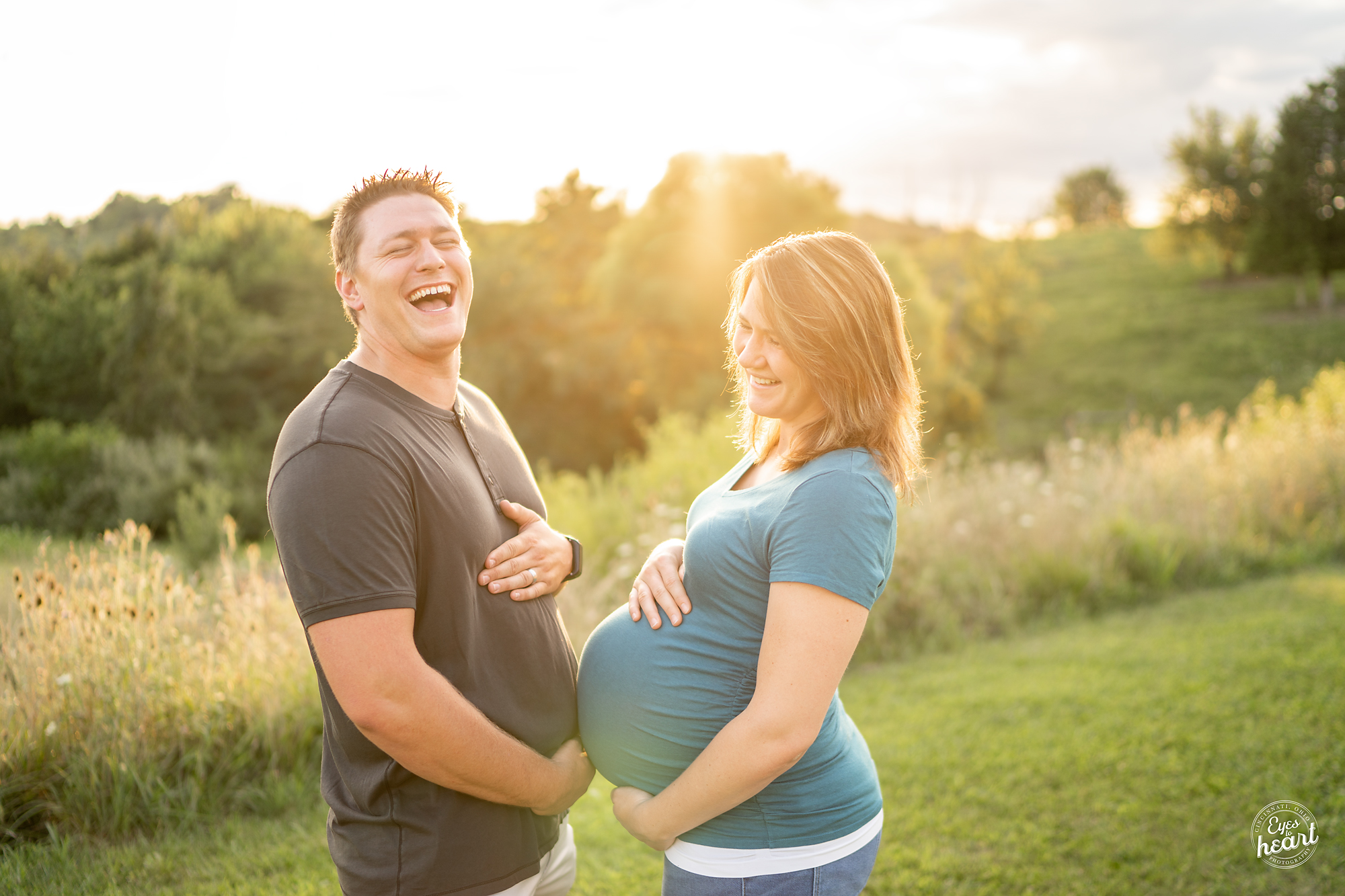 Cincinnati-Maternity-Photographers-5.jpg