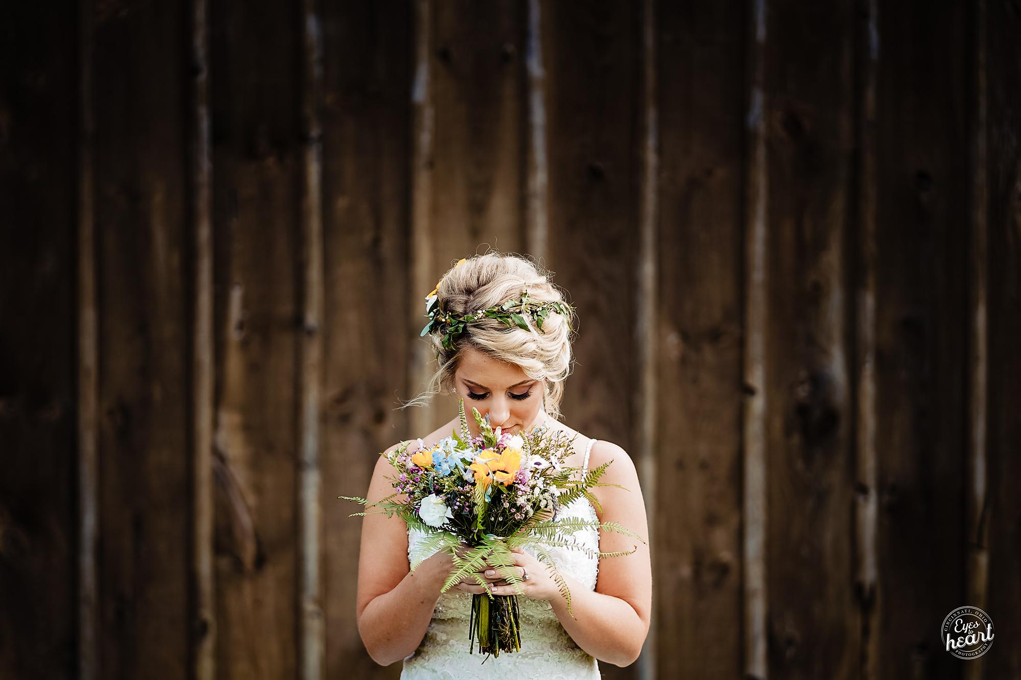 Cincinnati-Wedding-Photographers-Hughes-Center-Barn-6.jpg