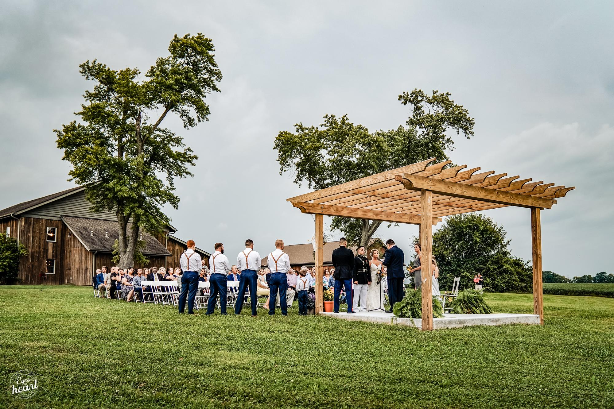 Cincinnati-Wedding-Photographers-Hughes-Center-Barn-13.jpg