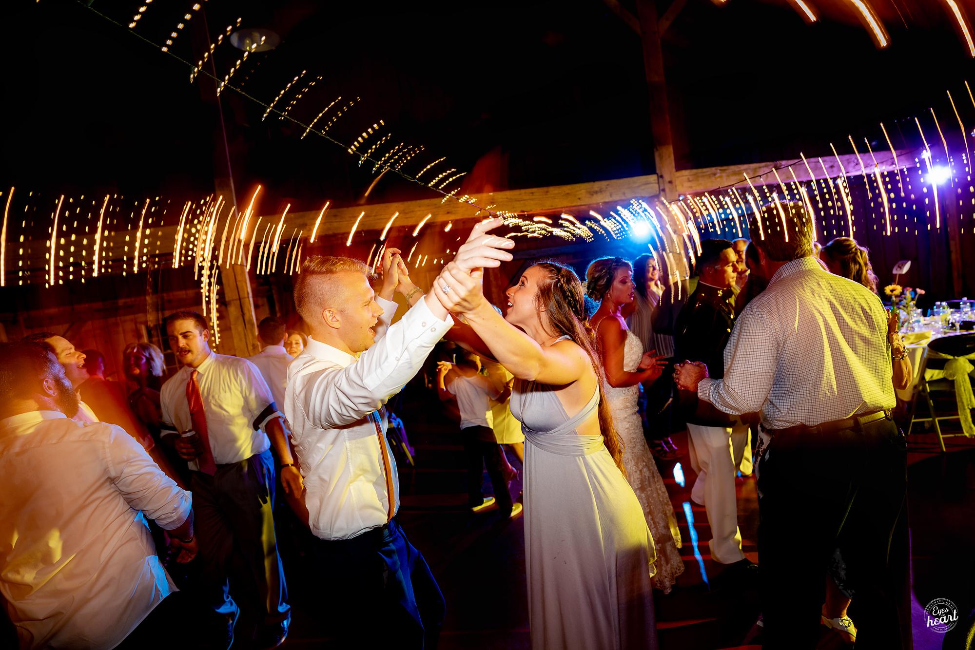 Cincinnati-Wedding-Photographers-Hughes-Center-Barn-43.jpg