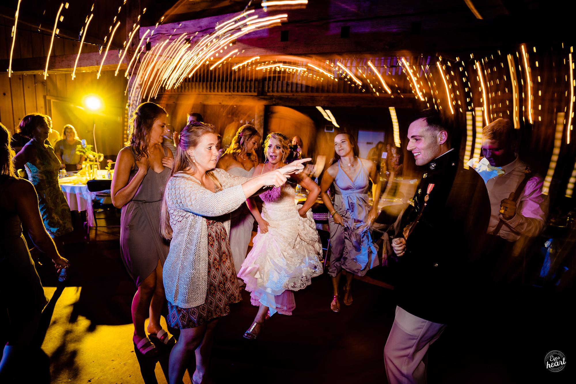 Cincinnati-Wedding-Photographers-Hughes-Center-Barn-44.jpg