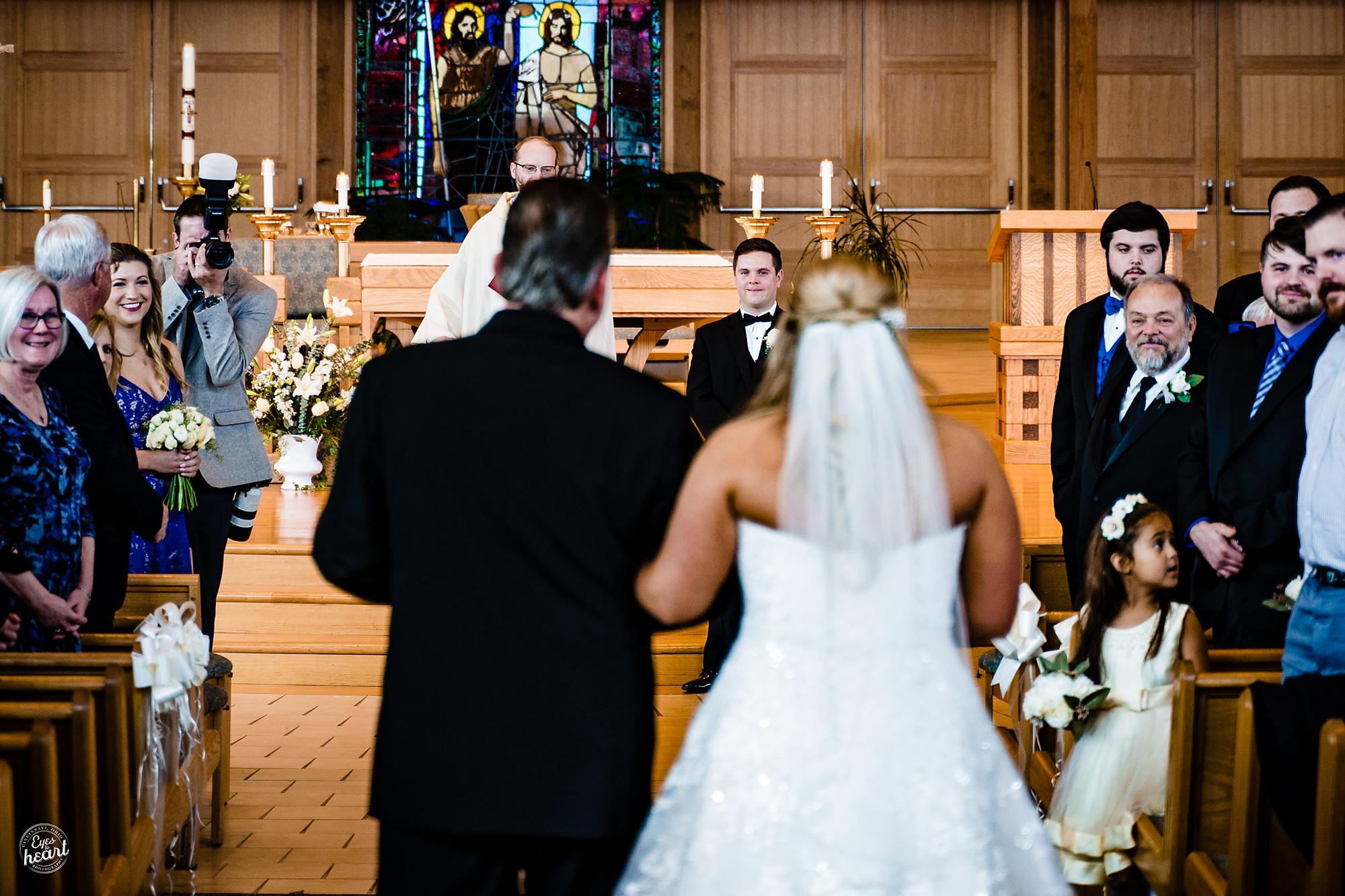 St-Susanna-Church-Mason-OH-Wedding-Photographer-11.jpg