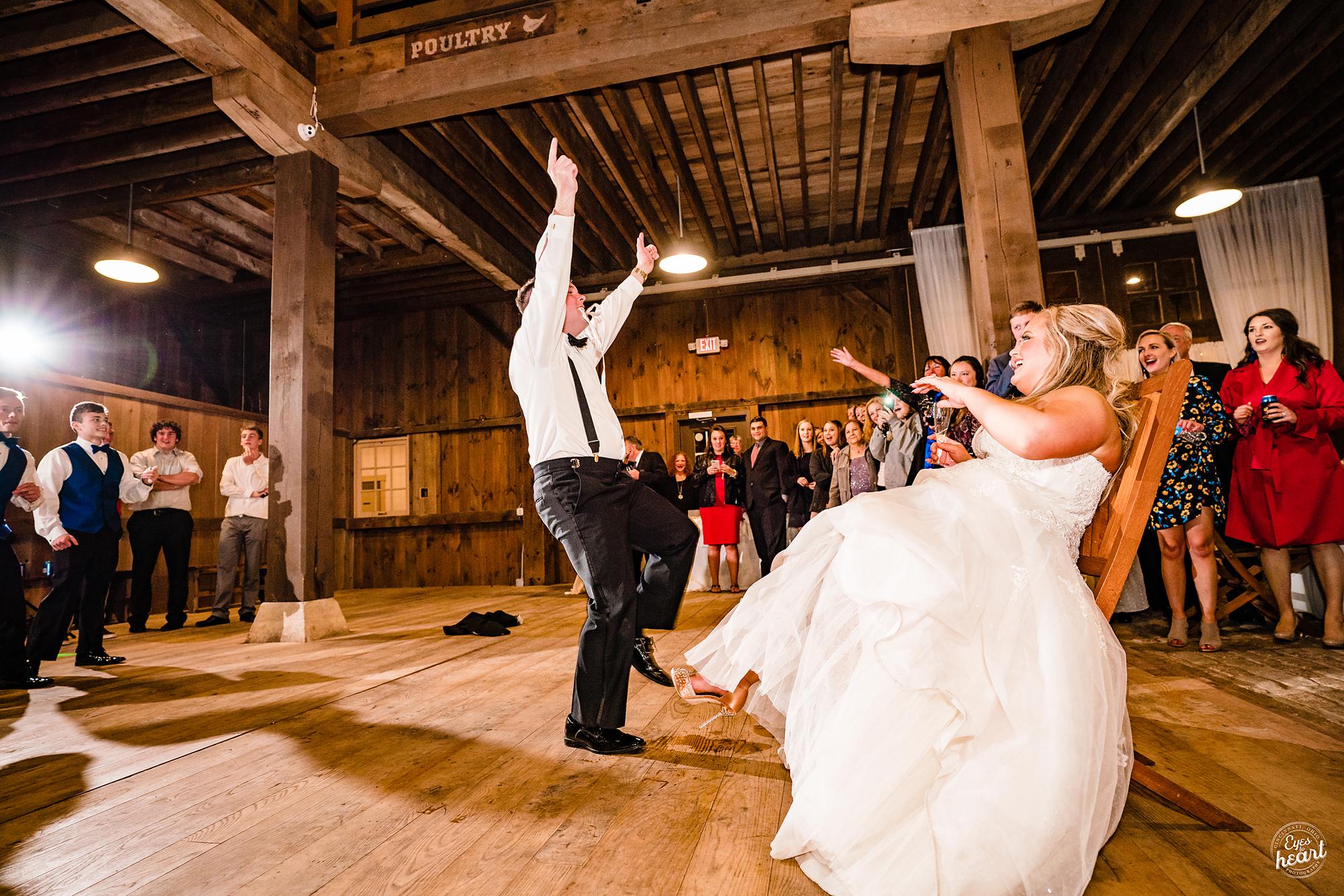 Carriage-Hill-Liberty-Twp-OH-Wedding-Photographer-18.jpg