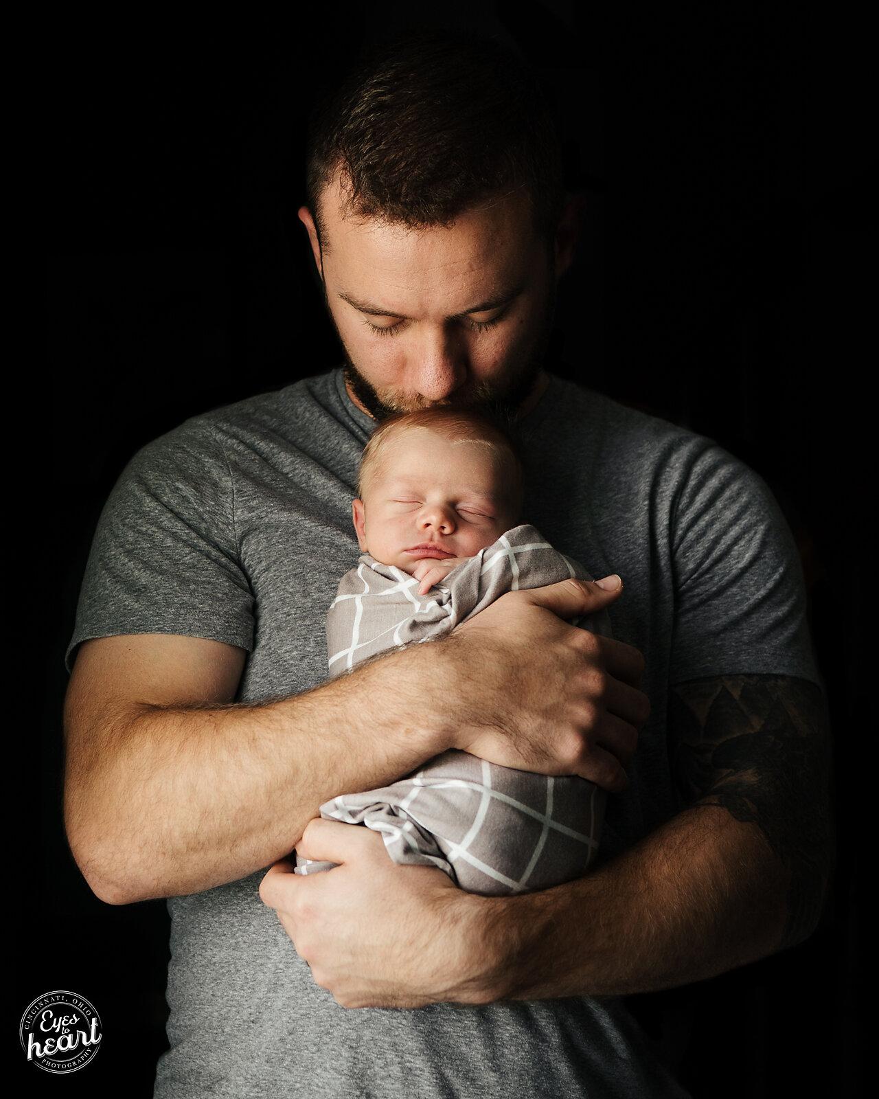 CIncinnati-Newborn-Photographer-5.jpg
