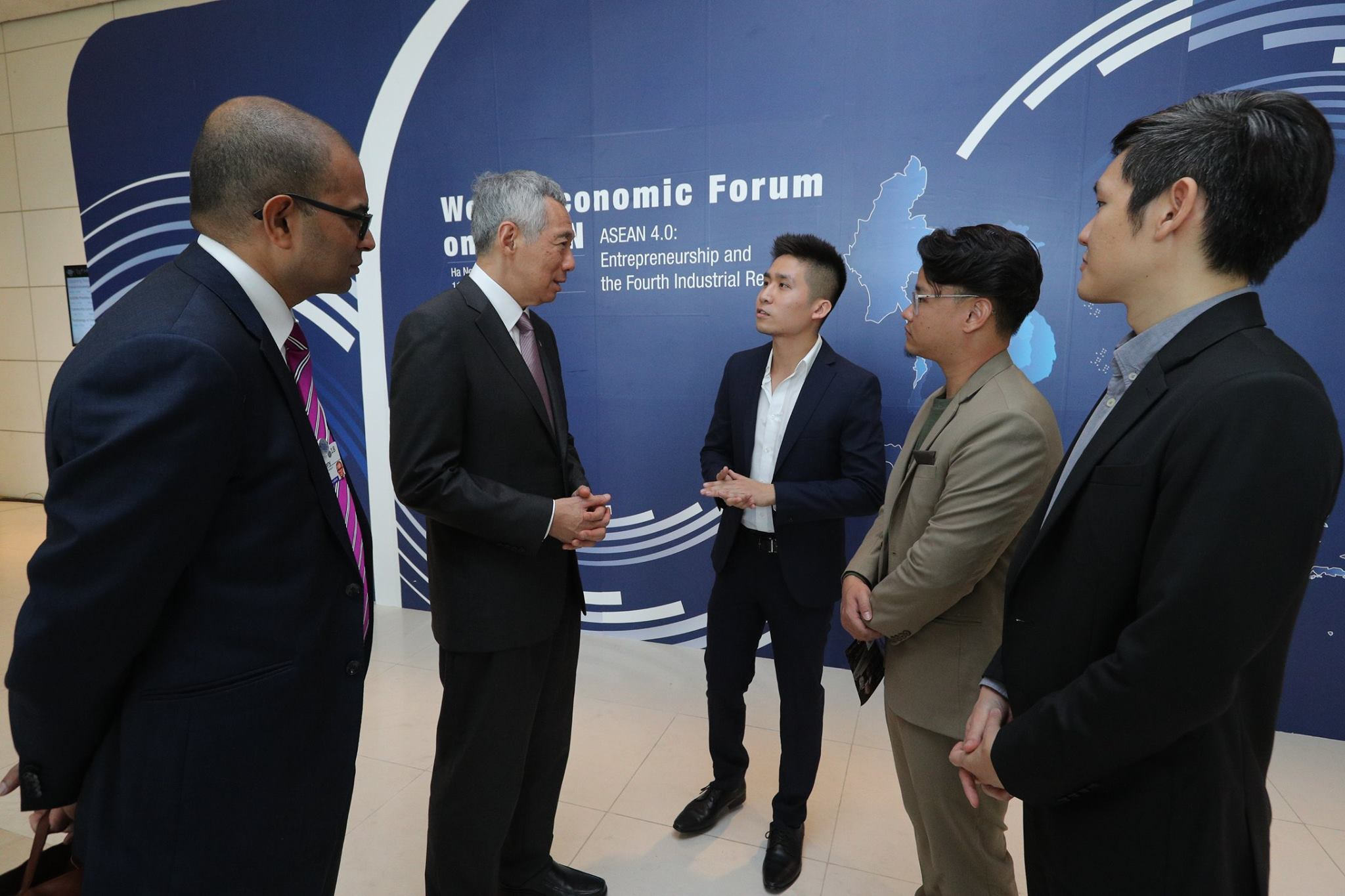 Singapore Shapers meeting Singapore's Prime Minister at WEF ASEAN