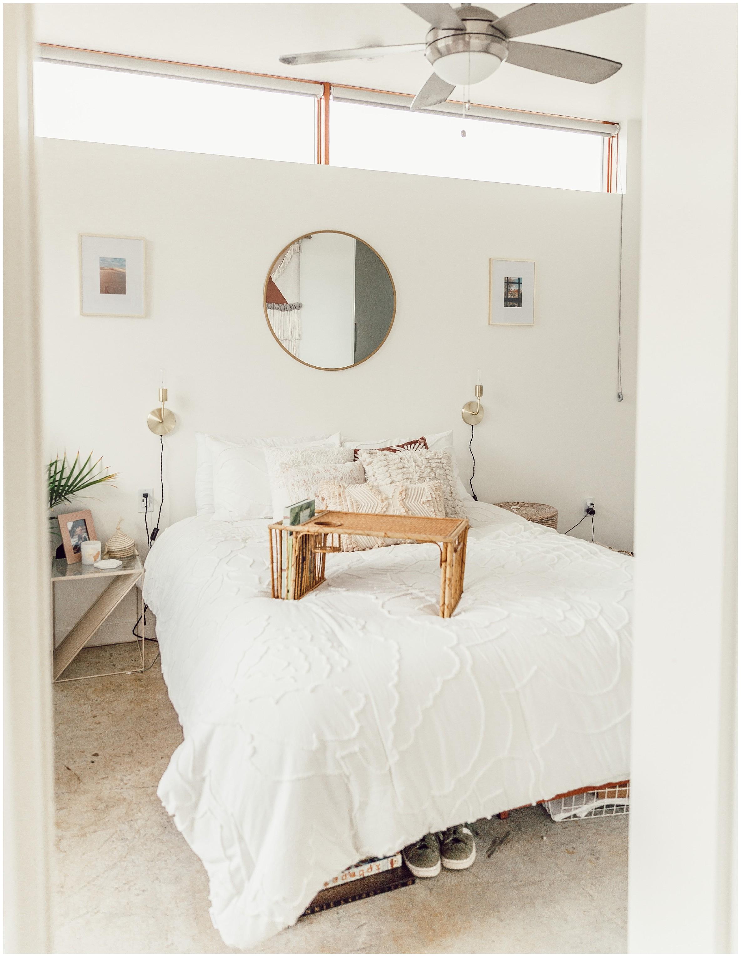 white comforter home