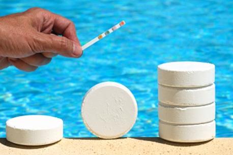 pool chemicles.jpg_tmp.jpg