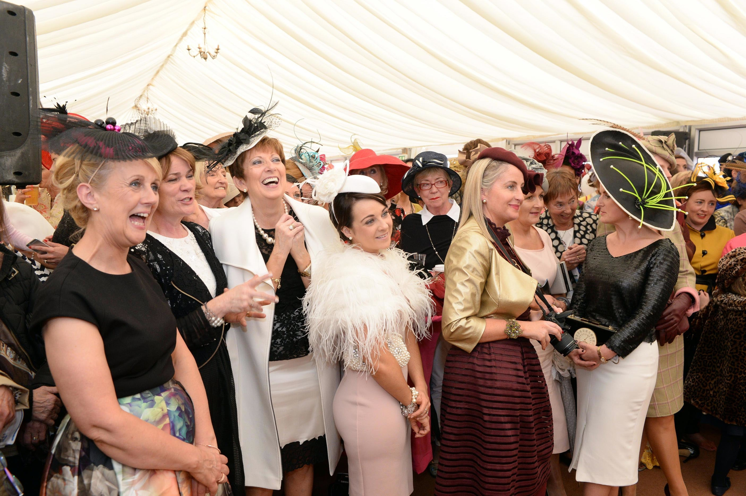 A fashionable and fun day out at Listowel Races. PR: Orla Diffily. Photography : Don MacMonagle.