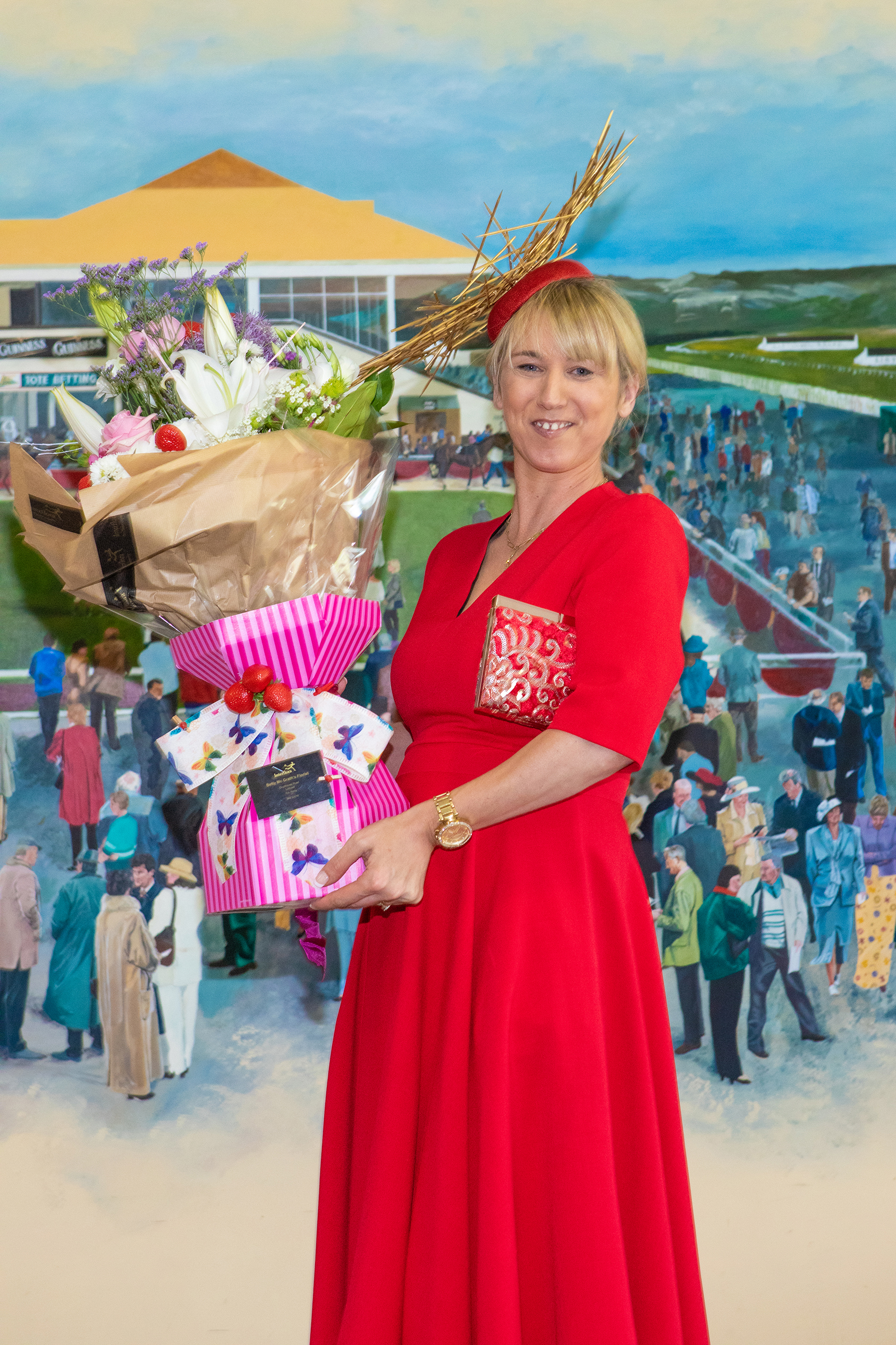 Aine Wall wins the Listowel Races Best Dressed Lady title at Listowel Races on Sunday 2nd of June. Judged by Helen Quealy Murphy aka Daily Diva Diary, she won €800. Photo Credit: JK Photography