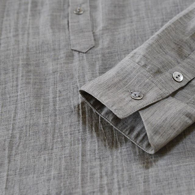 Details of V A S shirt in a very limited [and almost gone] cotton/wool blend.  #eynvas