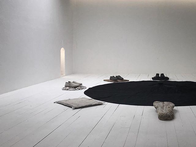 おはようございます! Join us this weekend in Tokyo and next weekend in Osaka for a trunk show and metaphysical installation by @jona_sees.  Details below : with @keishigenaga  日程:5月31日(金)〜6月2日(日) 時間:12:00〜18:00 場所:表参道ガーデン(2階) 住所:、〒150-0001 東京都渋谷区神宮前4丁目15−2 ————————————————————- with @krafte_works  日程:6月8日(土)• 6月9日(日) 時間:12:00〜17:00 場所:〒531-0071 大阪市北区中津3-18-1 クレフテ KRÄFTE GALLERY