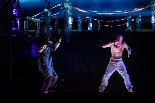 hologramme tupac.jpg