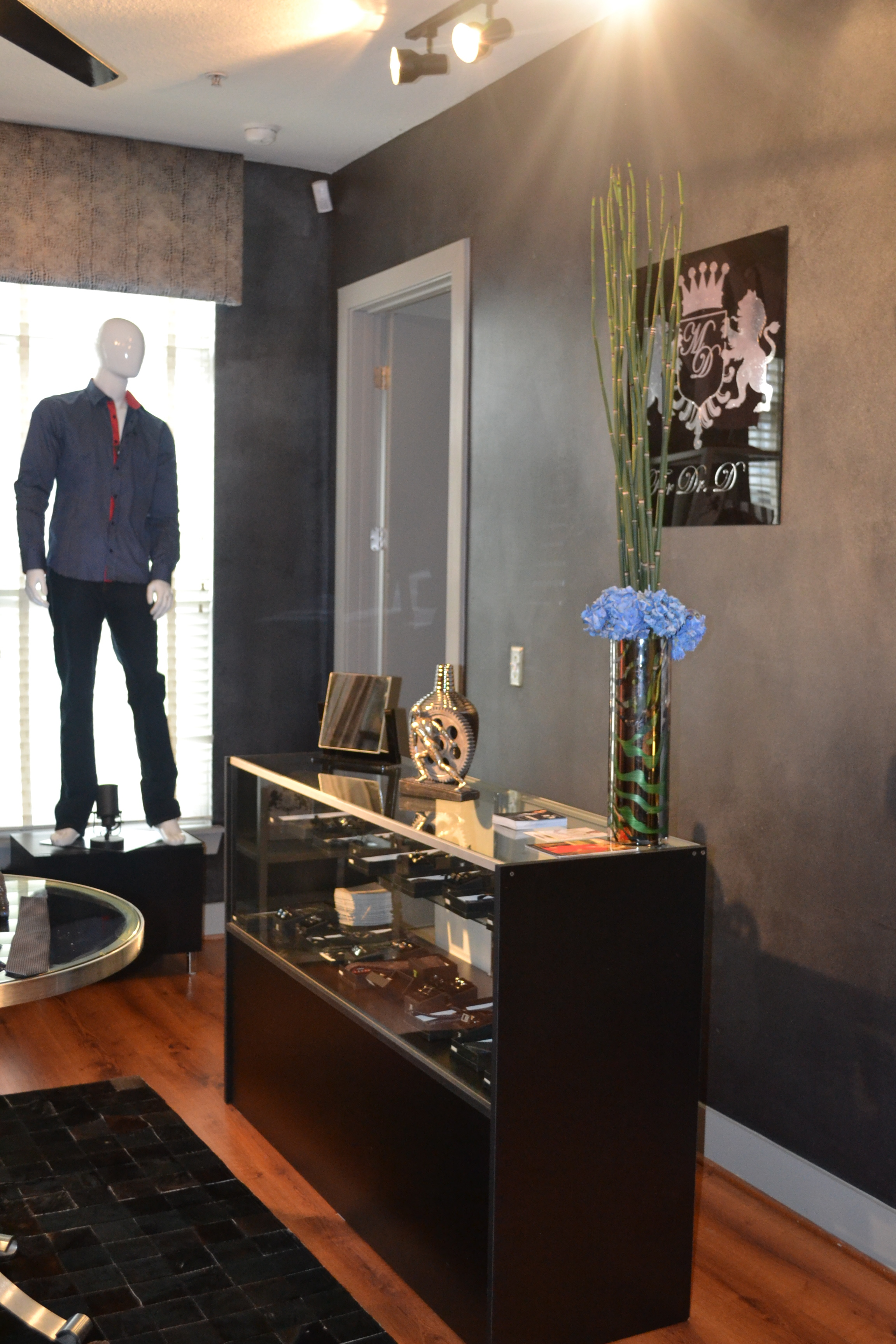 Live work loft converted to celebrity men's boutique