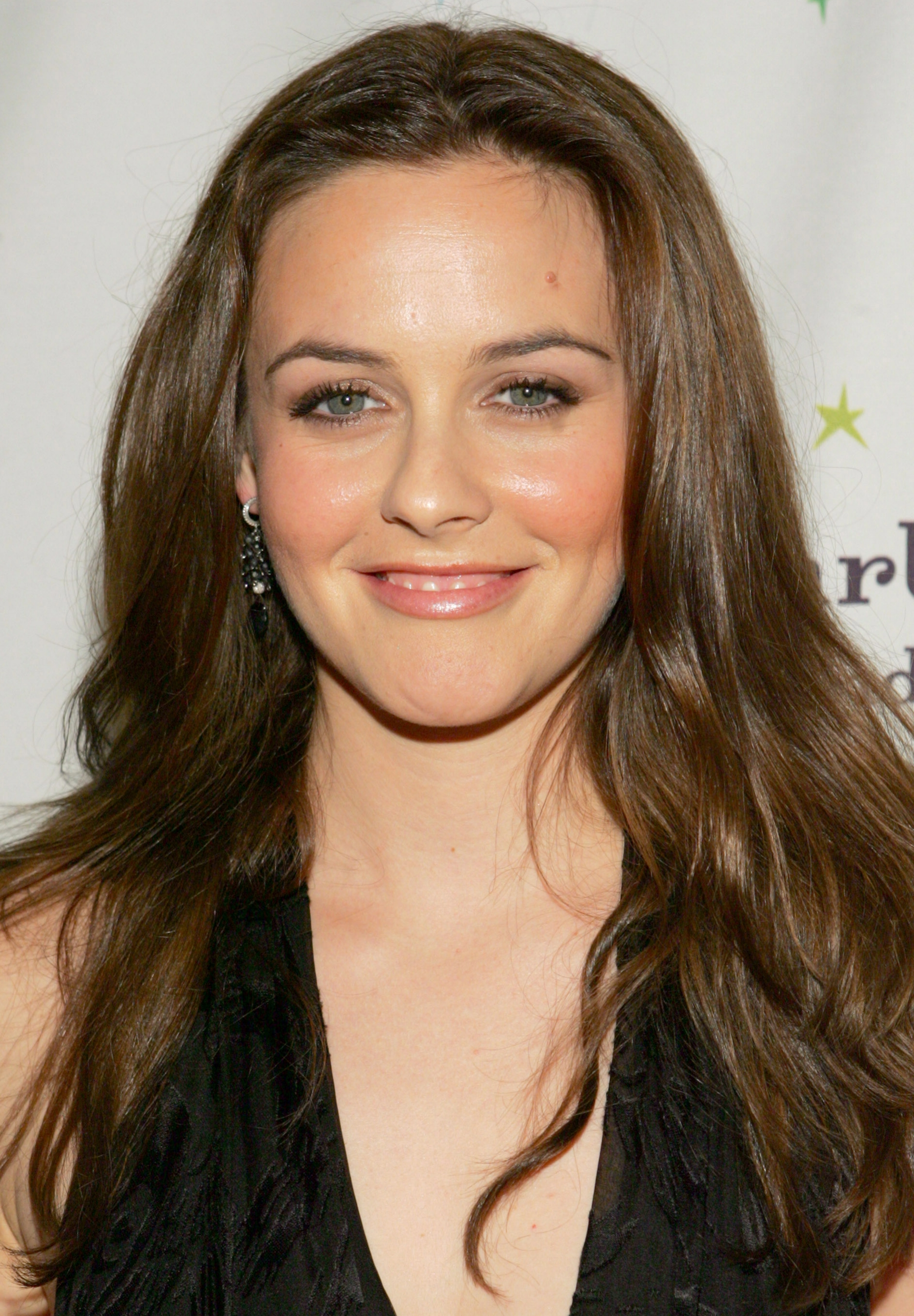 Get Alicia Silverstone's Look - Vegan Makeup look for Eluxe Magazine
