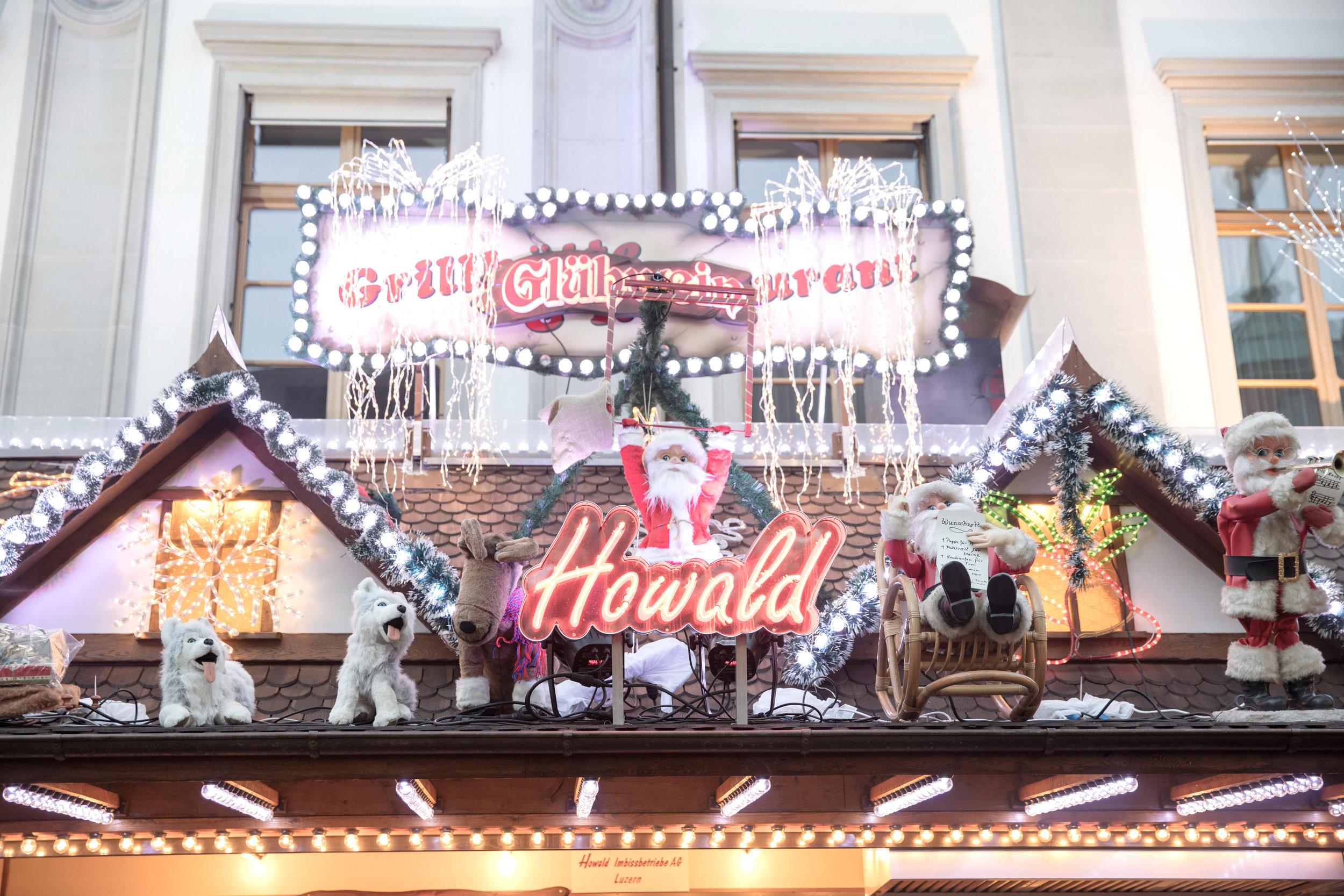 lucerne_christmas_markets_switzerland_santa.jpg