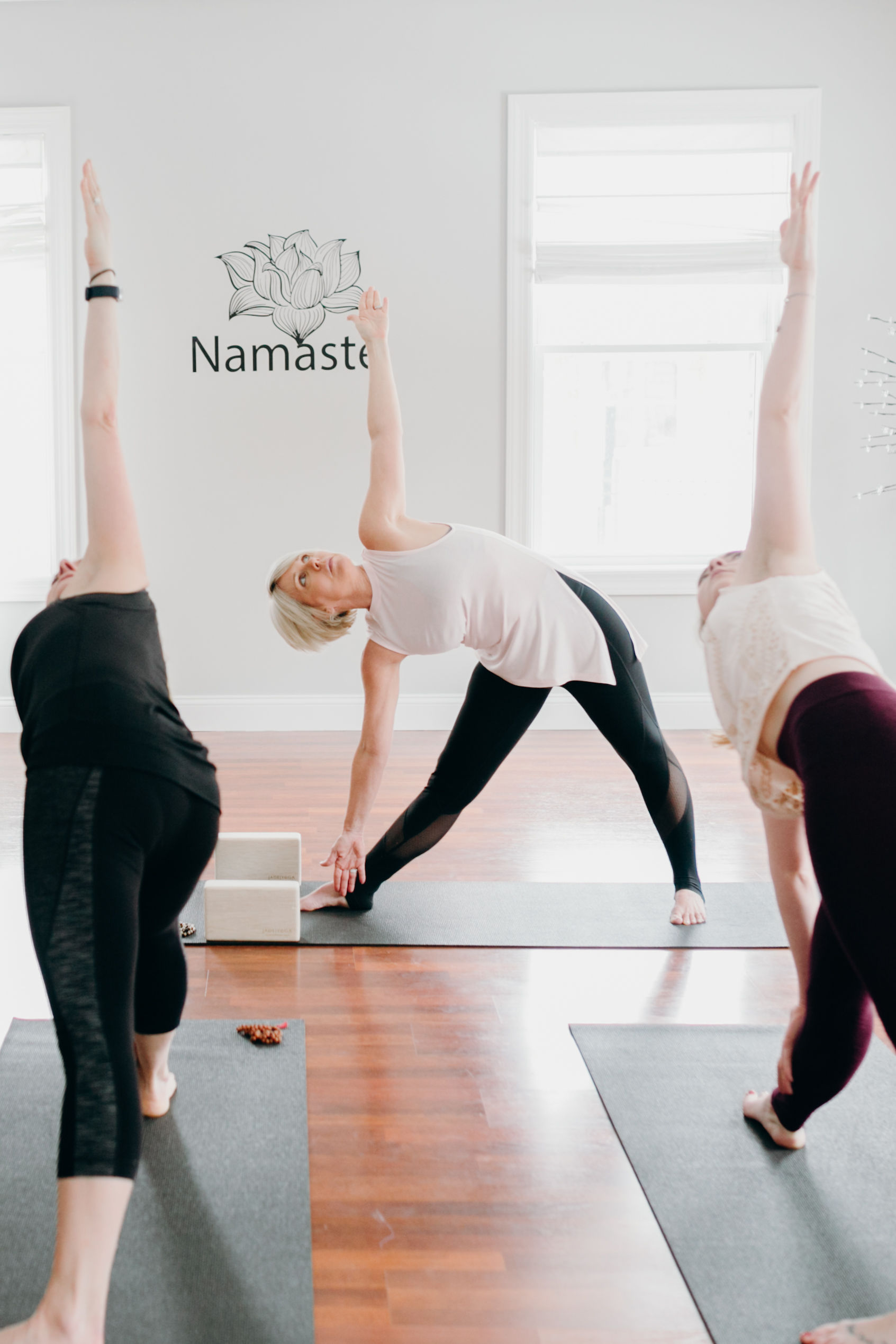 Schedule - Click here to sign up on MindBody.Sunday 9:15–10:15 Warm Yoga with Wendy10:30 - 11:15 Barre 45 with rotating teacher6:00–7:00 Restorative Yoga with LiliMonday 9:15–10:15 Barre Blend with Pamela4:30–5:30 Warm Slow Flow with Megan5:45 - 6:15 Express Barre with Megan6:30–7:30 Rock n Flow Yoga Flow with KirbyTuesday8:15-9:00 HIIT 45 with Kelly T9:15–10:15 Warm Slow Flow with Megan3:-00-3:45 Beginner/ Gentle Yoga with Robin4:00-4:30 Free Intro to Barre with Robin5:45–6:15 Express HIIT with Sharon6:30–7:30 Warm Flow with SharonWednesday 9:15–10:15 Barre with Pamela4:30–5:30 HIIT 45 with Megan7:00-8:00. Vinyasa Vibes with Kelly PThursday9:15–10:15 Barre Blend with Megan 4:30–5:30 Warm Slow Flow with Joanne5:45–6:15 Express HIIT with Megan6:30–7:30 Warm Slow Flow with KellyFriday 9:15–10:15 All Levels Yoga with Lili4:30–5:30 Zumba with Ashley 6:00-7:00. Restorative Yoga with Lili/WendySaturday 8:15–9:00 Barre 45 9:15–10:15 All Levels Yoga with Emily10:30–11:30 Power Yoga with Lisa