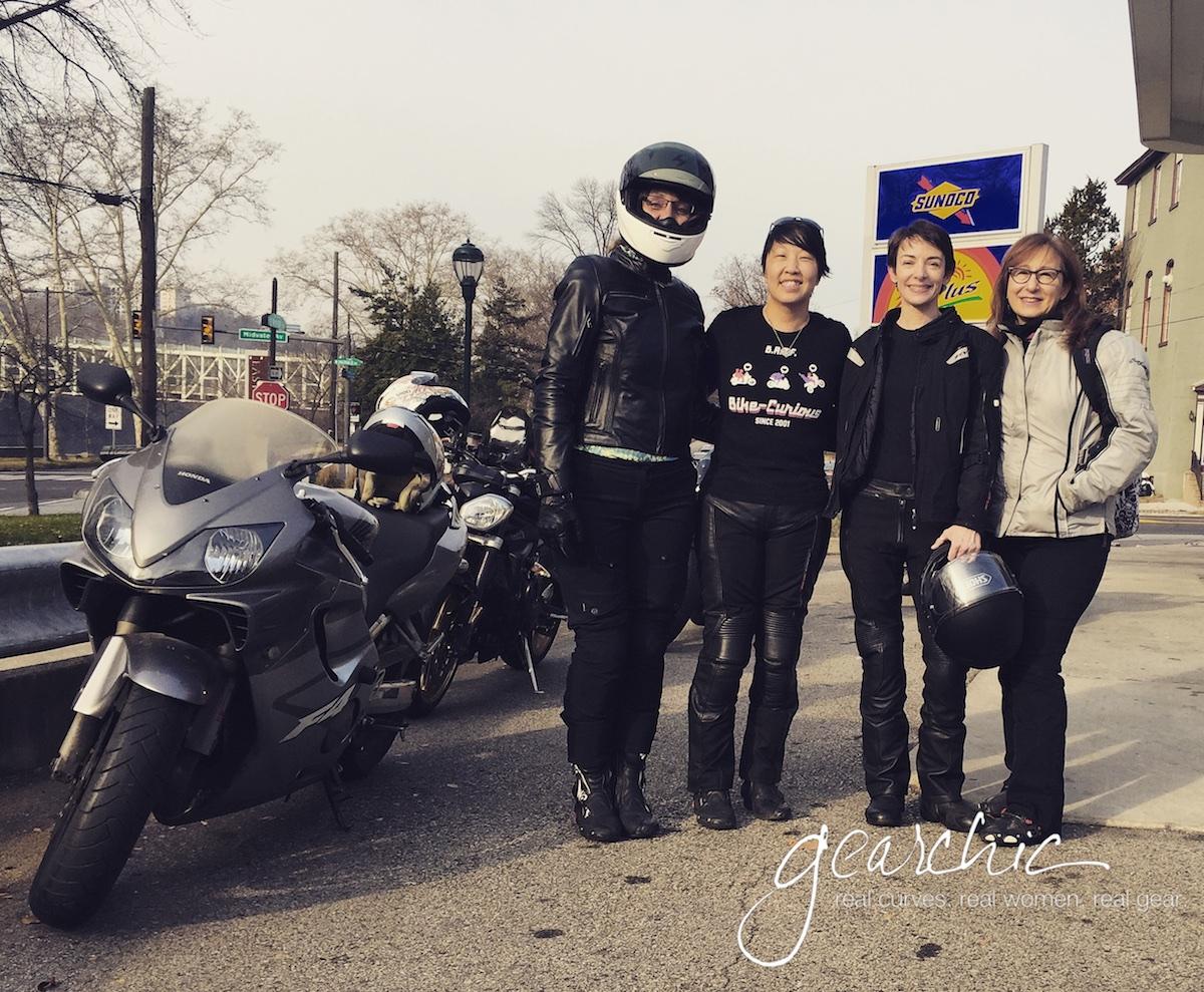 women_riders_2015-1.jpg