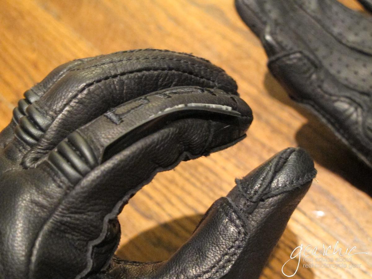 held_touch_womens_gloves_wiper.jpg