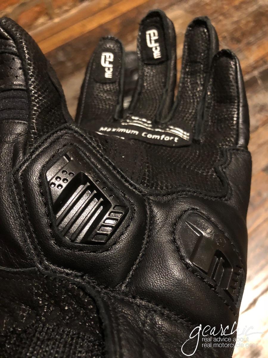 racer_guide_gloves10.jpg