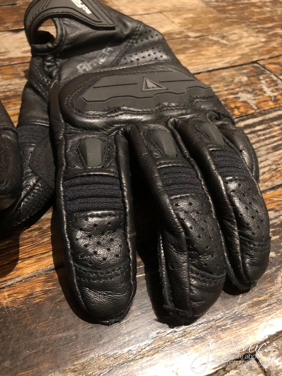 racer_guide_gloves4.jpg