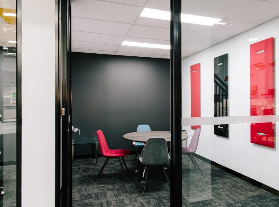 Klien Showroom_016B.jpg