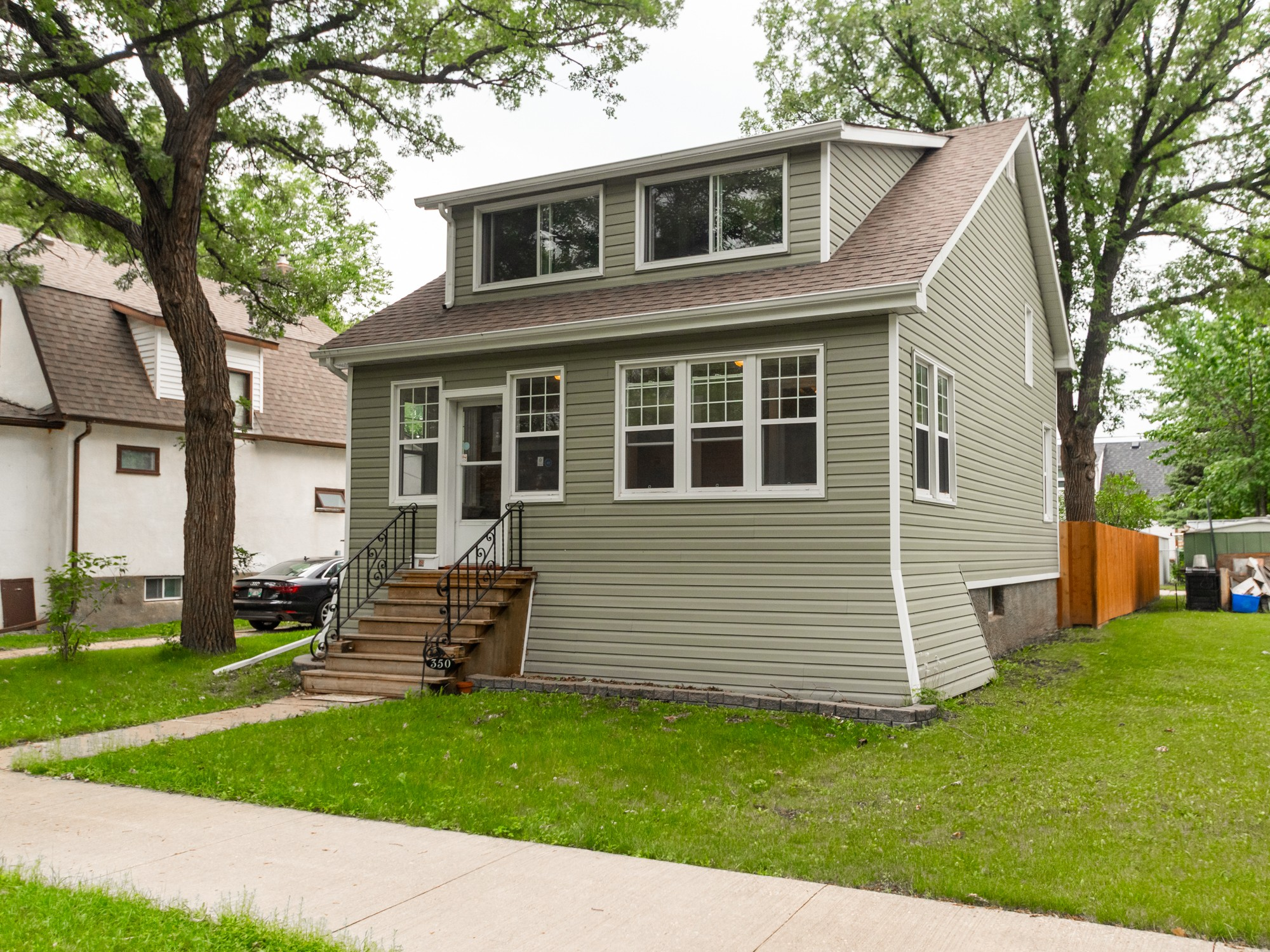 350-woodlawn-ave-for-sale-st-james-winnipeg-bobby-wall-realtor