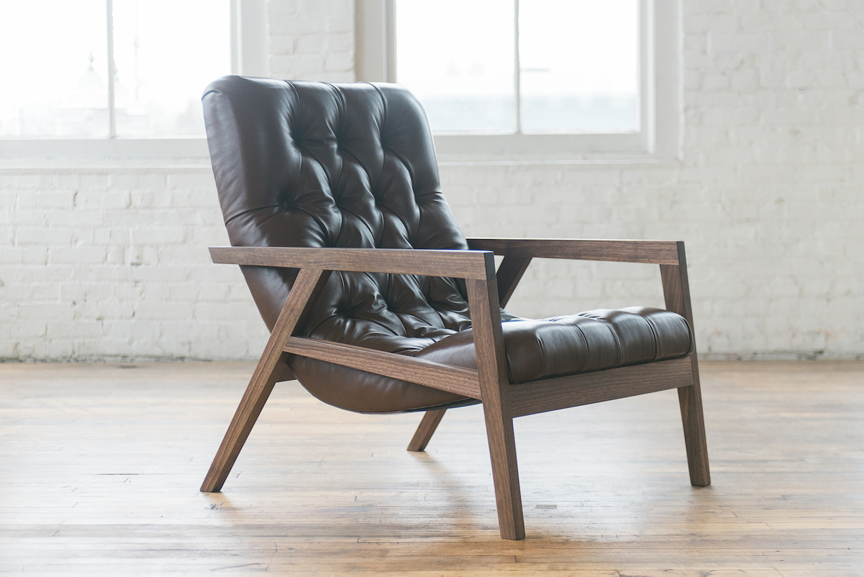 Regina Leather 02_240.jpg