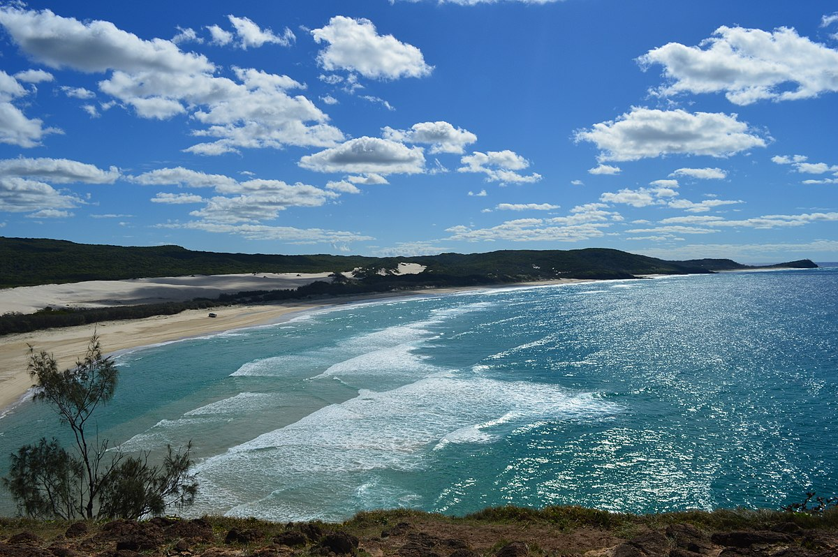 1200px-Indian_Head_view_on_Fraser_Island_(May_2016).jpg