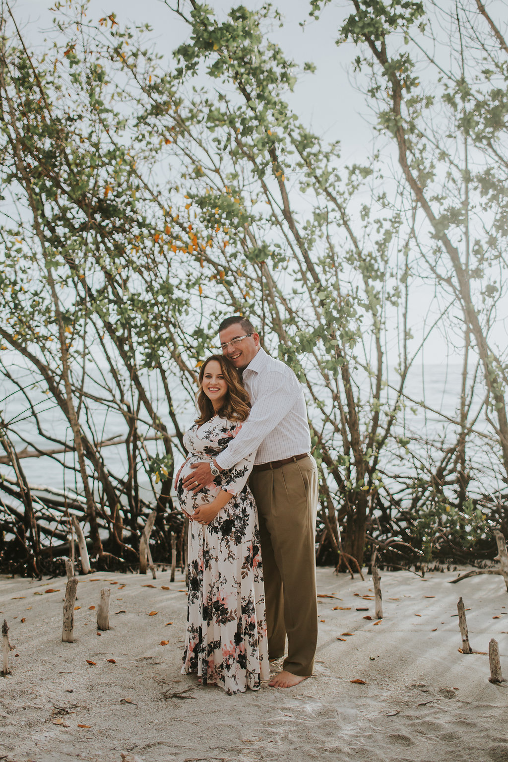 longboat key floral maternity session at beer can island moody_01.jpg