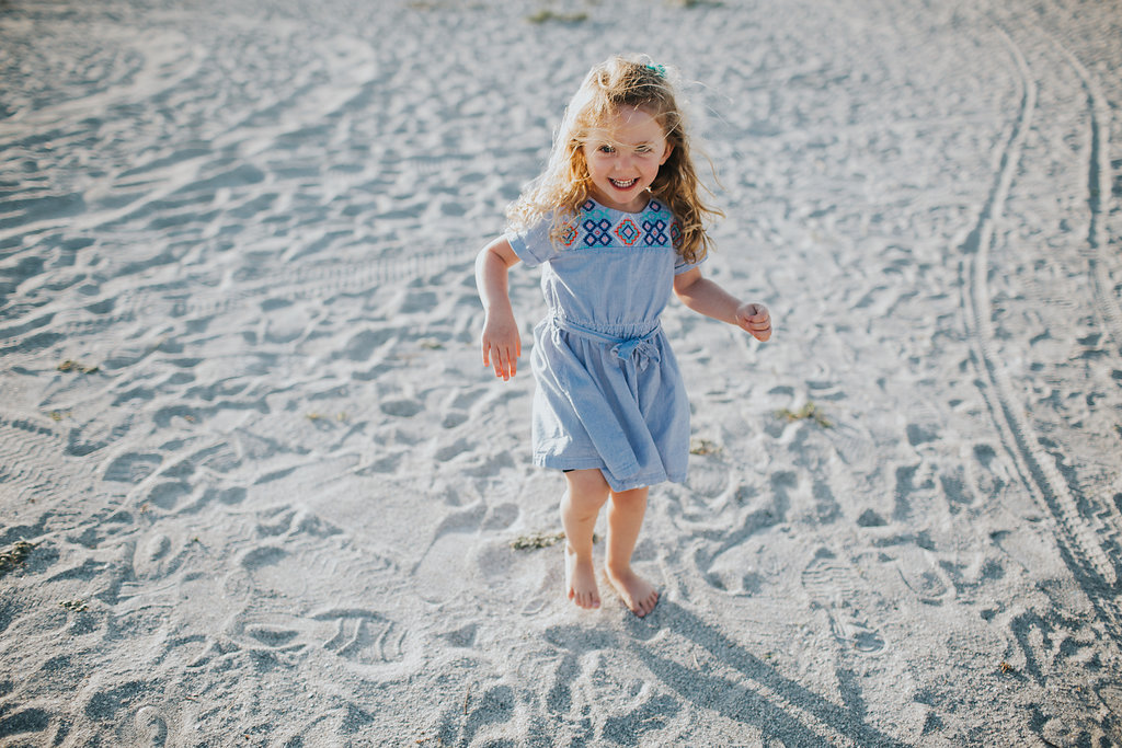 florida sand key beach family session_04.jpg