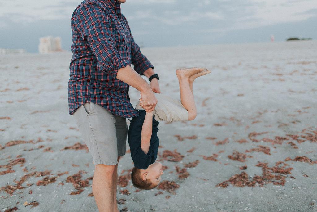 florida sand key beach family session_32.jpg