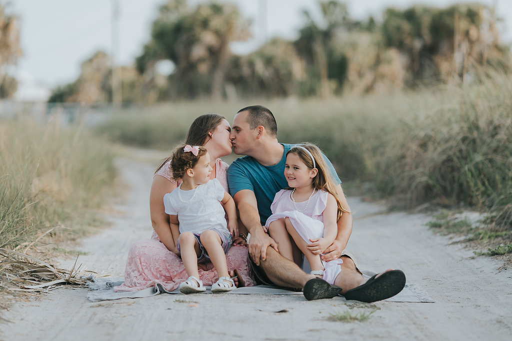 Fort De Soto Maternity session photography _006.jpg