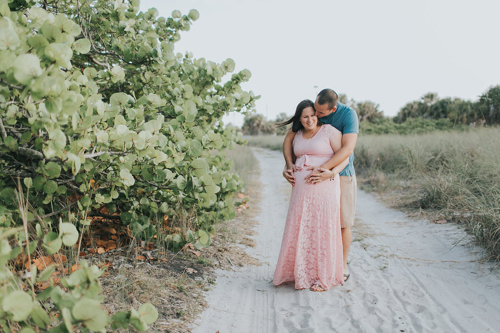 Fort De Soto Maternity session photography _010.jpg