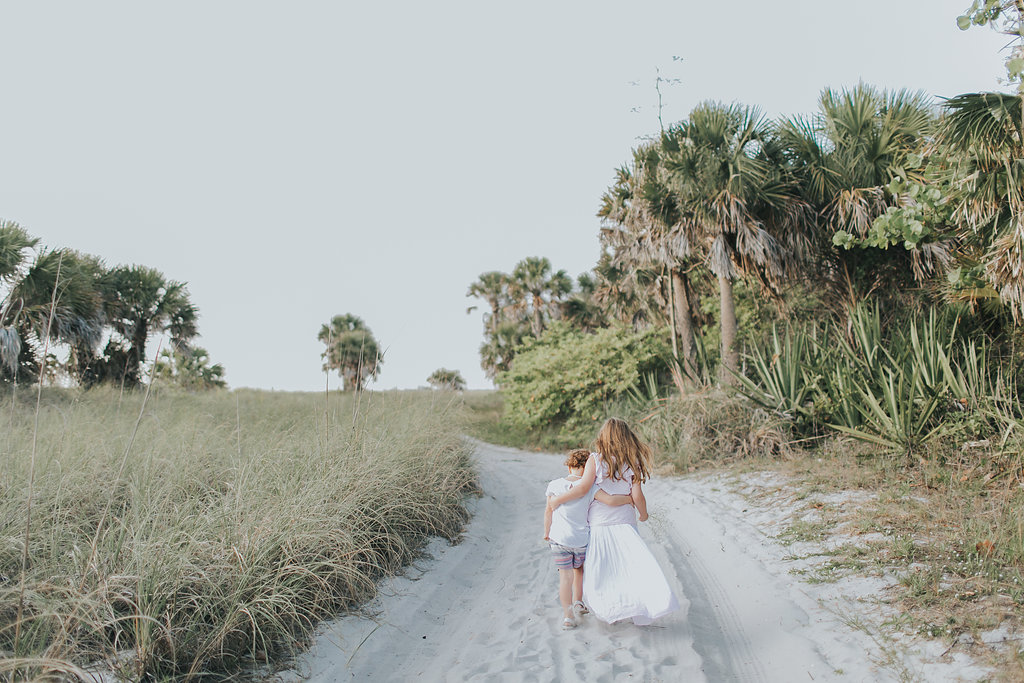 Fort De Soto Maternity session photography _013.jpg