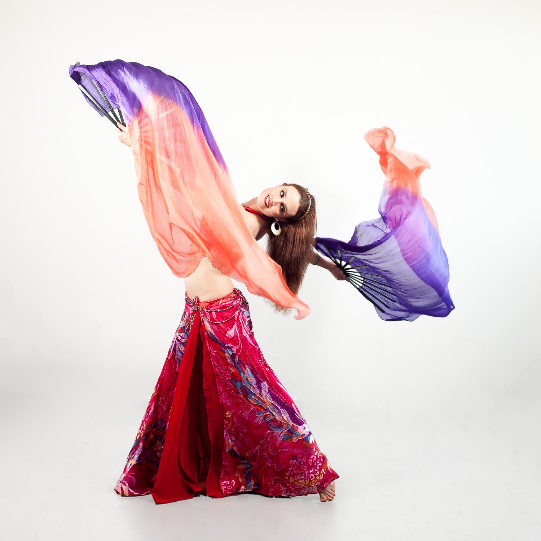 EmilieLauren-Dance-in-studio.jpg