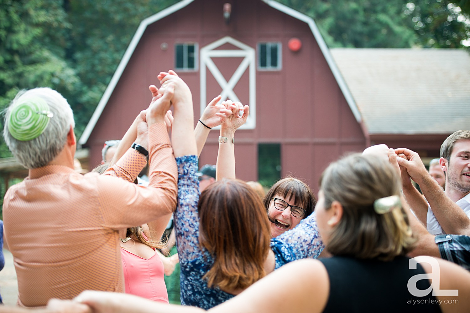 Portland-Arbor-School-Wedding-Photography_0035.jpg