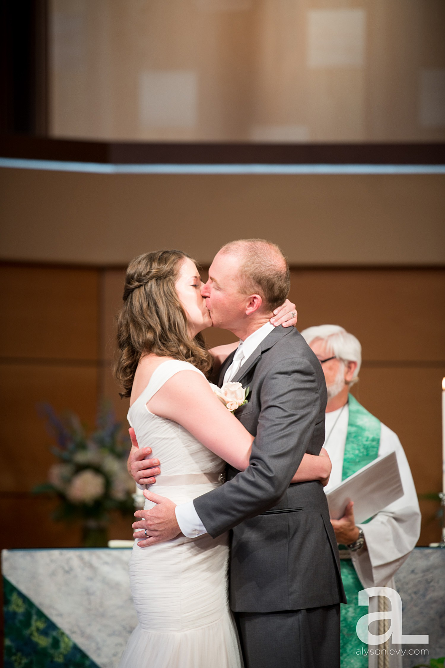 McMenamins-Edgefield-Wedding-Photography_0117.jpg