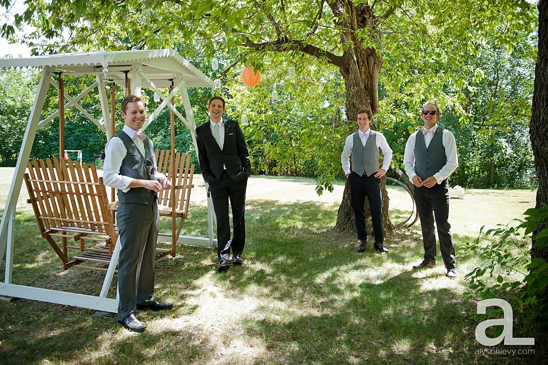 Minneapolis-Farmhouse-Wedding-Photography_0001.jpg