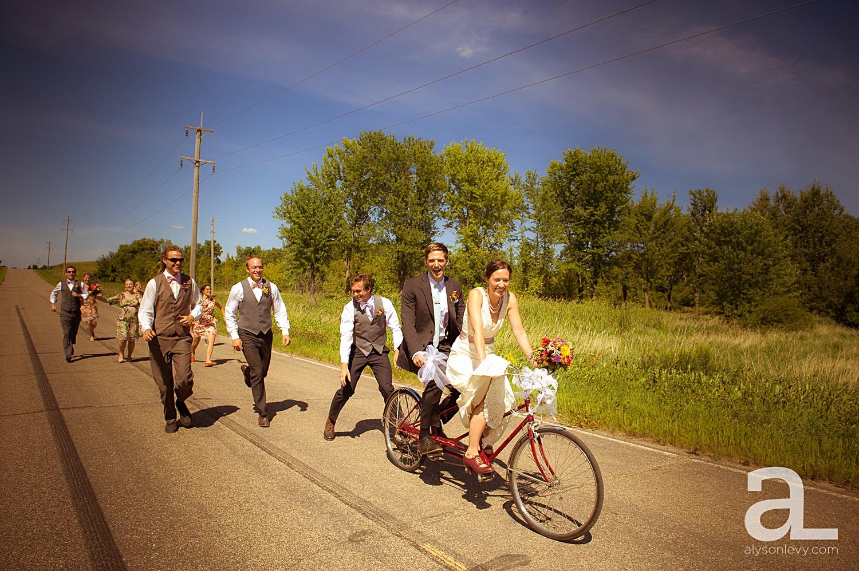 Minneapolis-Farmhouse-Wedding-Photography_0009.jpg